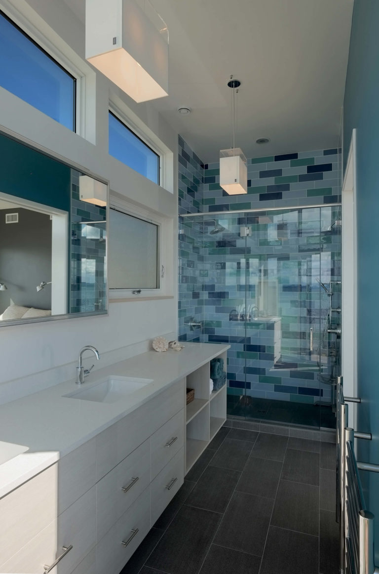 Heartwood Builders Home master bathroom.